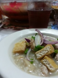 Goto with tokwa't baboy (Gruel with deep-fried tofu and pork)